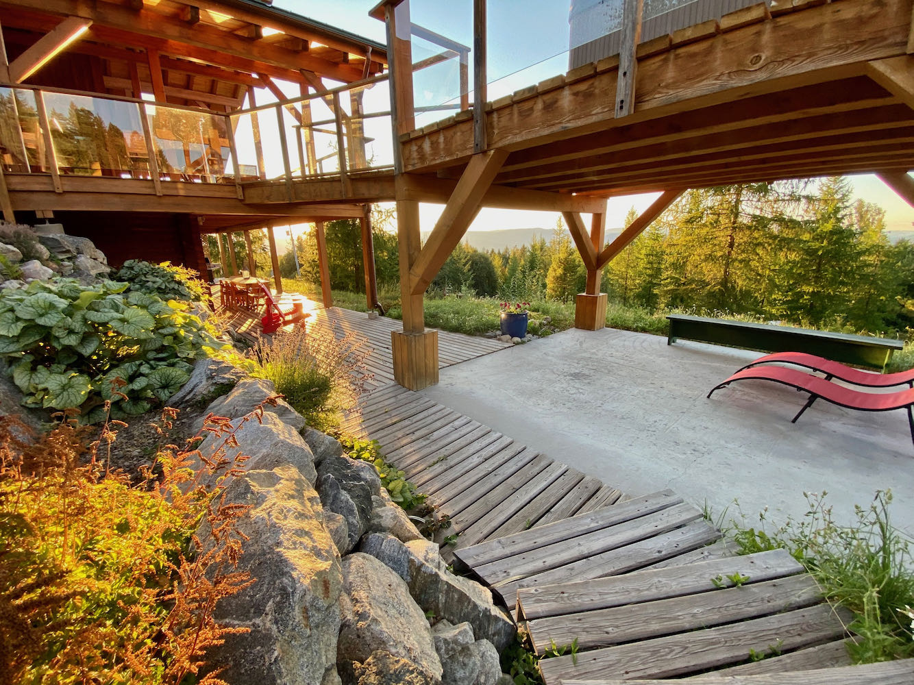 Deer Suite Access + Deck