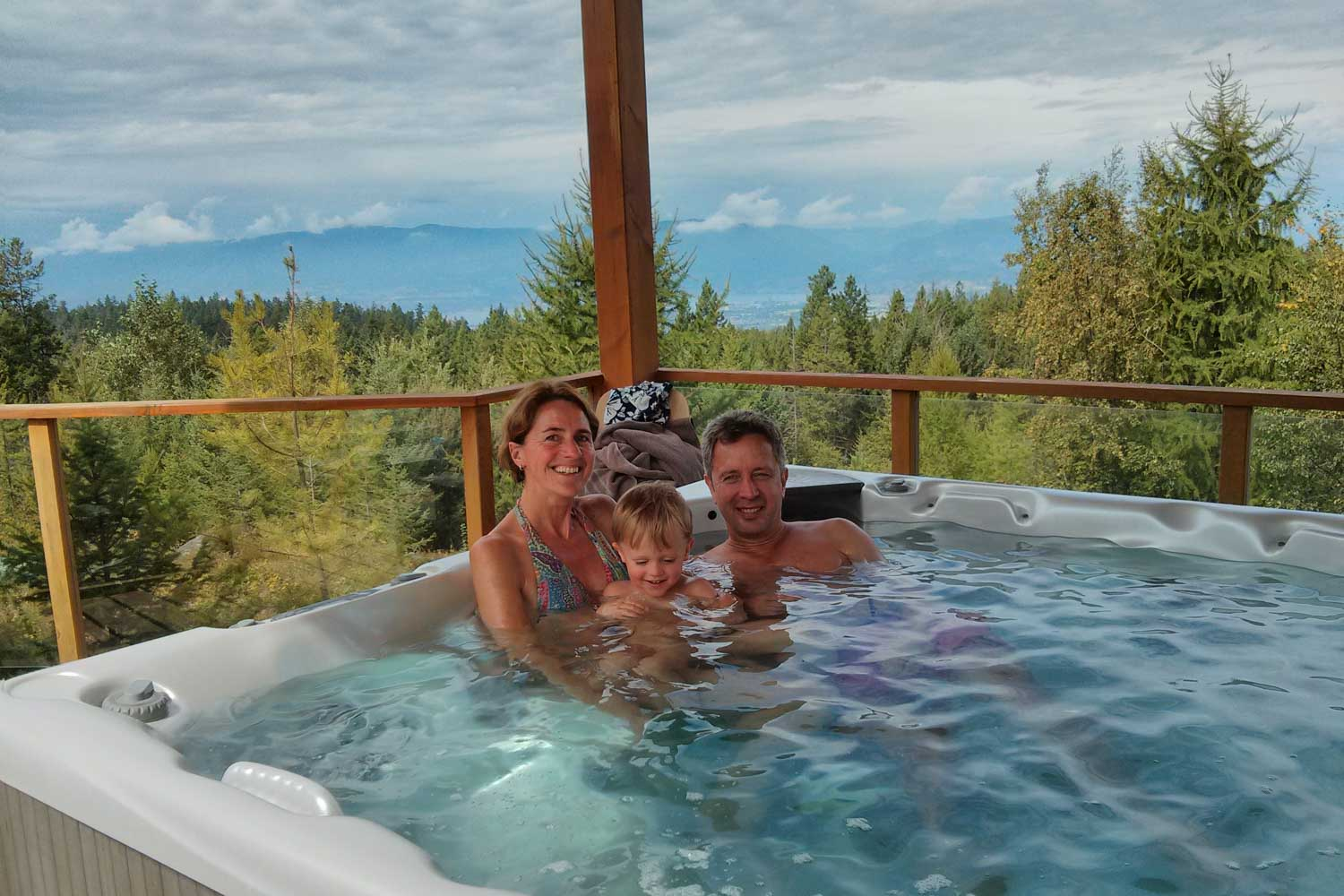 Bear Suite Hot Tub