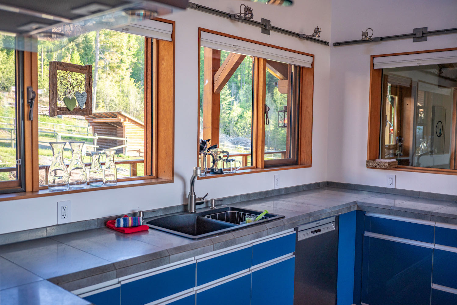 Bear Suite Kitchen